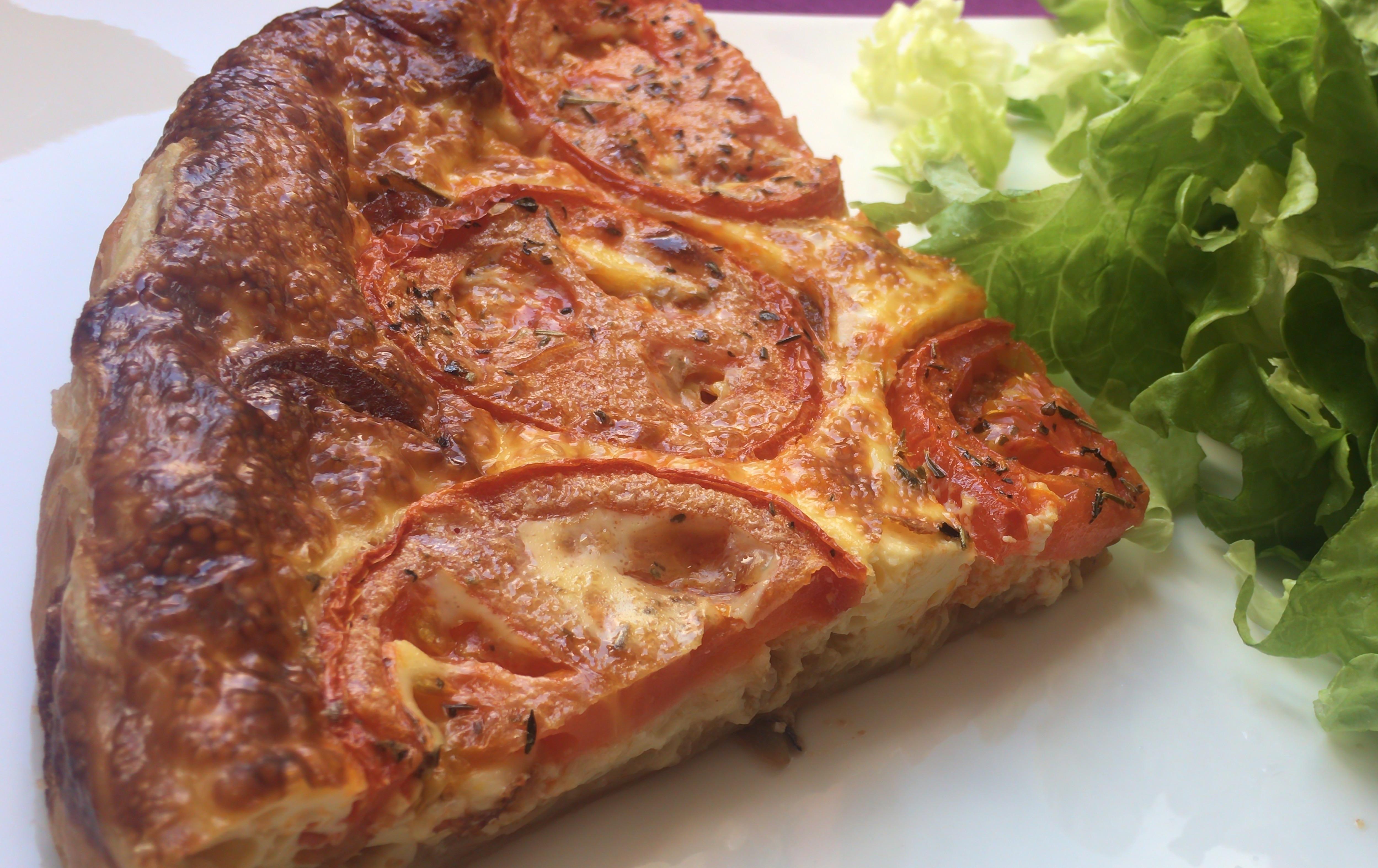Tarte chorizo, tomates, mozzarella et oignons