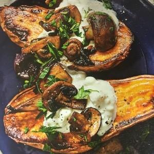 Patates douces rôties aux champignons